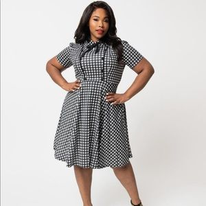 Unique Vintage 1940s Houndstooth Swing Dress